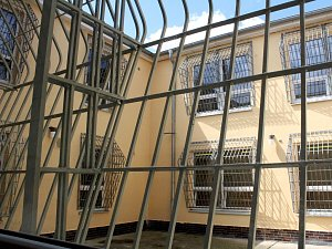 Otevření ženské věznice v Drahonicích na Podbořansku