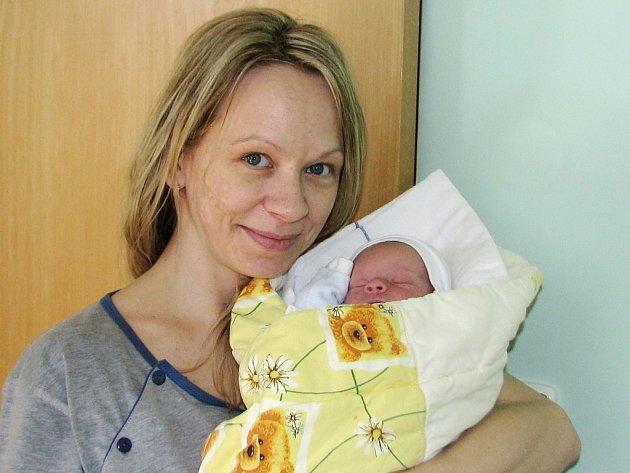 Matěj Chlumecký se narodil 17. října 2016 v 6.39 hodin mamince Vladimíře Chlumecké ze Žatce. Vážil 2320 gramů a měřil 46 centimetrů.