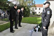 Setkání 28. října u pomníku T. G. Masaryka v Lounech