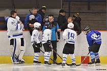 Hokejové utkání generací v Lounech