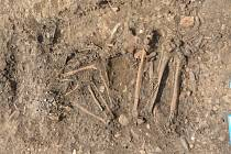 Kostrový hrob ze starší doby bronzové.