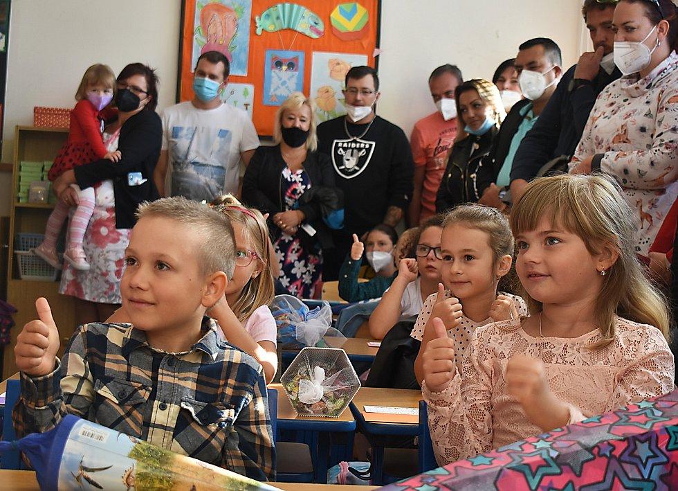 První školní den v ZŠ Jižní v Žatci.