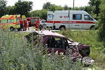Vážná nehoda vlaku a osobního vozu na železničním přejezdu v Břvanech