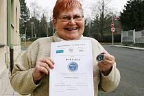 Vilma Svobodová s oceněním za dobrovolnickou činnost