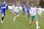 Fotbalisté Blšan (v bílém) porazili v sobotu hráče Modré 3:1.