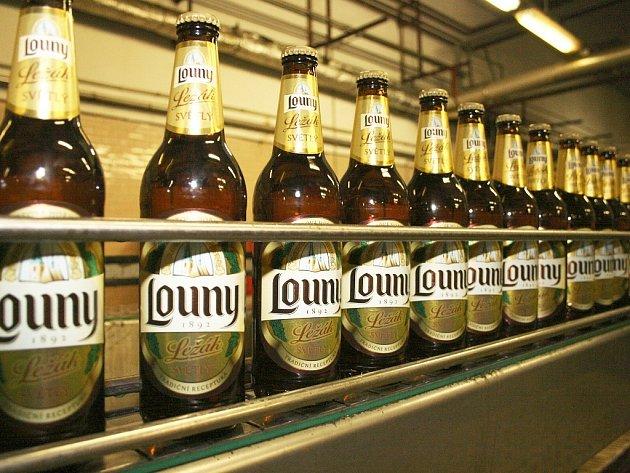 Lounské pivo se točí do nových lahví a zdobí ho také zbrusu nové etikety, které navrhli sami spotřebitelé.