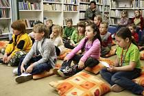 Pasování prvňáčků na čtenáře v lounské knihovně