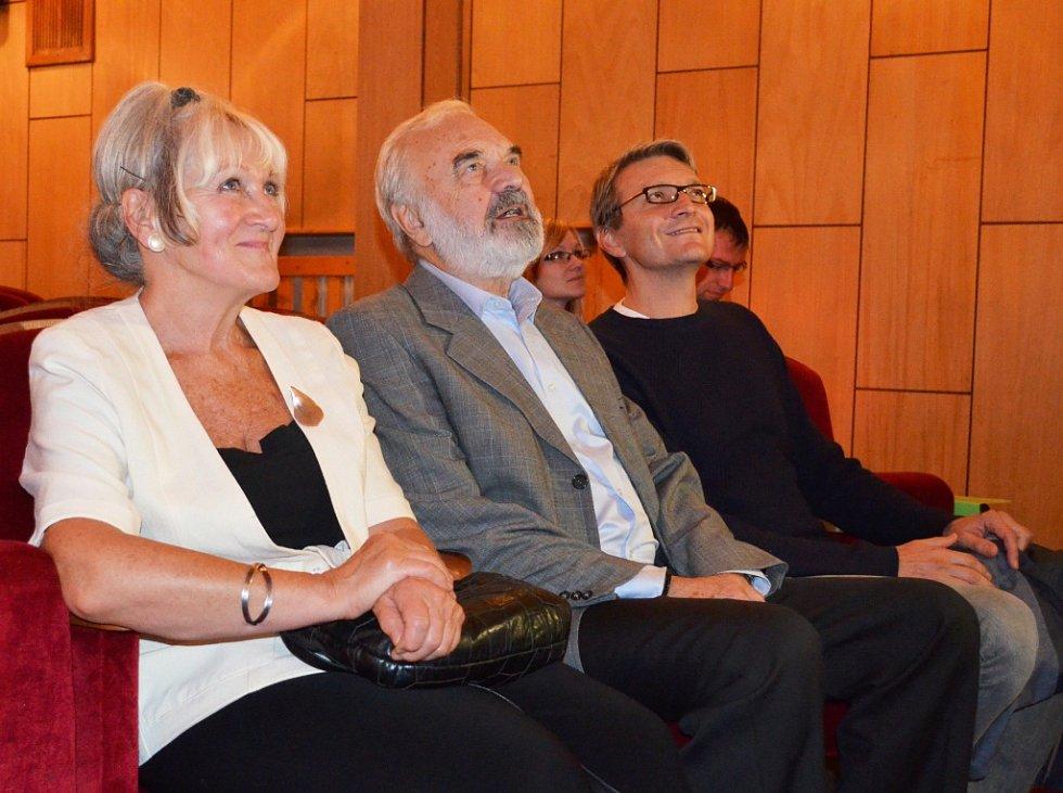 Zdeněk a Jan Svěrákovi v žateckém divadle.