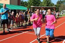 Slavnost v Měcholupech začala ráno štafetovým maratonem