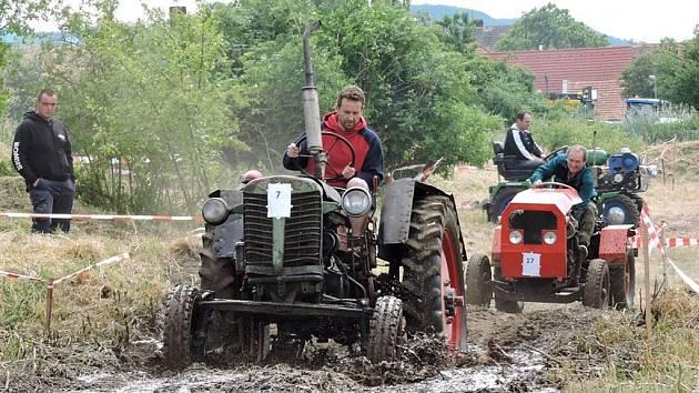 První ročník Skupické traktoriády