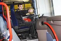 Profesionální hasiči v okrese Louny disponují novým autobusem Iveco Irisbus Crossway.