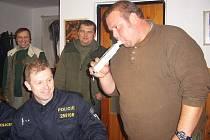 Policejní kontrola při honu ve Staňkovicích