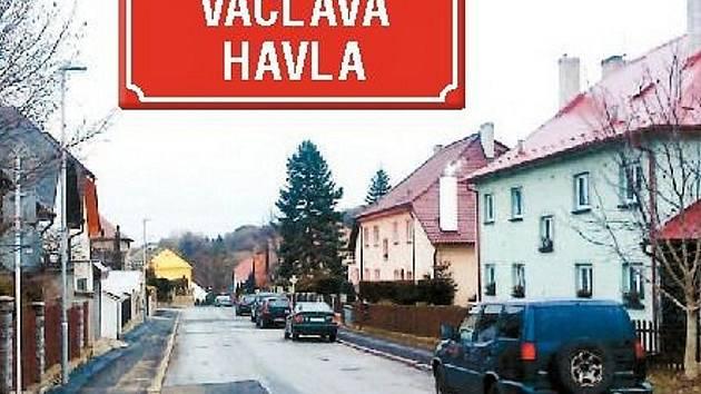 Tato ulice v nedaleké Kadani ponese jméno po Václavu Havlovi. Dnes je to zatím ještě ulice Julia Fučíka, ale o změně už je rozhodnuto. V okrese Louny se změna místopisných názvů  na počest bývalého prezidenta zatím nikde nechystá.