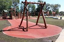 Nové hřiště na letním cvičišti v Lounech