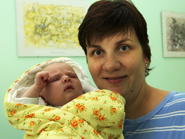 Štěpán Kotlář z Loun se měl čile k světu s váhou 3,74 kg a mírou 52 cm. Na svět poprvé vykoukl 18. října pár minut po deváté hodině ranní. Mamince Ivaně Frankové gratulujeme.