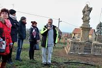 V Milčevsi u Žatce je nově opravená socha