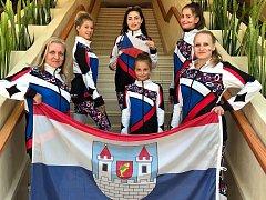 Členky Twirl Teamu BezeVšeho z Postoloprt vybojovaly na Mistrovství světa MWF 2018 medaile