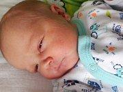 Lukáš Běhounek se narodil 3. února 2018 v 9.30 hodin mamince Vlastě Běhounkové z Loun. Měřil 48 cm a vážil 2,89 kilogramu.
