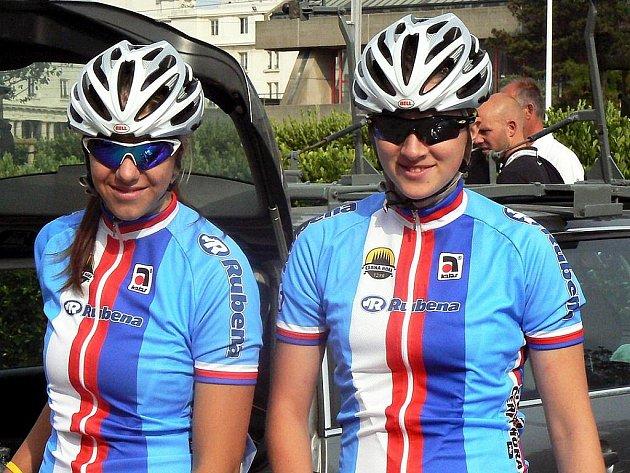Mistrovství Evropy juniorek na silnici 2009 v Belgii českým barvám úspěch nepřineslo. Nejlepší juniorky ČR v časovce, Lucie Záleská (vlevo) a Dáša Labáková, skončily až ve třetí desítce.
