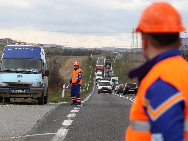 Oficiální zahájení prací na rozšíření silnice Dobroměřice - Odolice 20. března 2009.