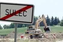 Výstavba silničního obchvatu u Sulce.