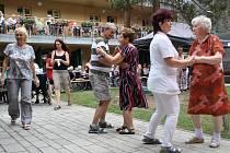 Zahradní slavnost v Domě pro seniory v Žatci