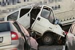 Tragická dopravní nehoda čtyř vozů na obchvatu Loun