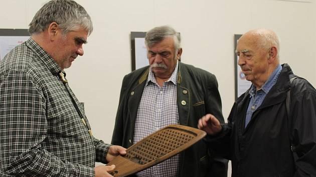 Regionální muzeum K. A. Polánka otevřelo ve své pobočce v Křížově vile novou výstavu s názvem Je libo kousek máslíčka?