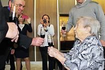 Marie Klímová oslavila v Kryrech své sto páté narozeniny