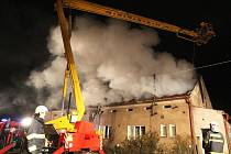 Požár domu v Buškovicích na Podbořansku 21. února
