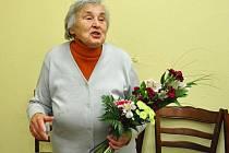 Miloslava Chloubová převzala ocenění za dobrovolnickou práci pro obec.