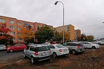 Po letech odkladů by se lidé na největším žateckém sídlišti Jih měli v příštím roce dočkat lepšího parkování.