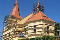Kostel v Libořicích prochází opravou