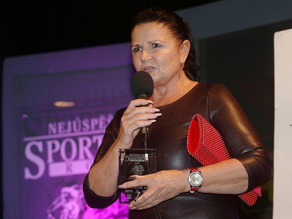 Jitka Hofmannová byla oceněna jako nejlepší trenérka mládeže. Vede úspěšný Juniorský fitness klub Louny
