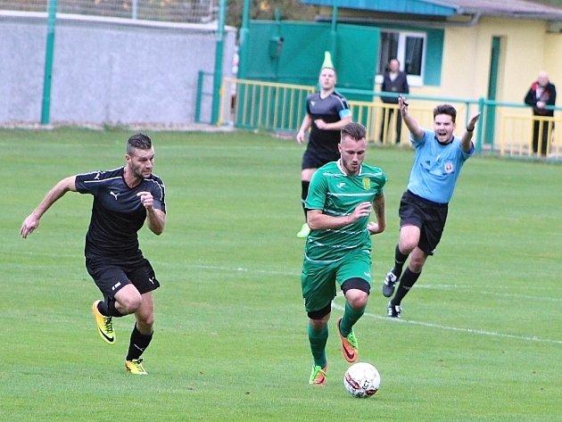 Slavoj Žatec (v zeleném) prohrál doma s Brnou 1:3.