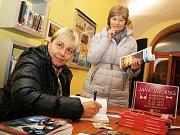 Součástí programu byla i autogramiáda místní spisovatelky Jany Javorské.