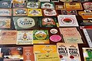 Burza klubu sběratelů pivních etiket v Lounech.