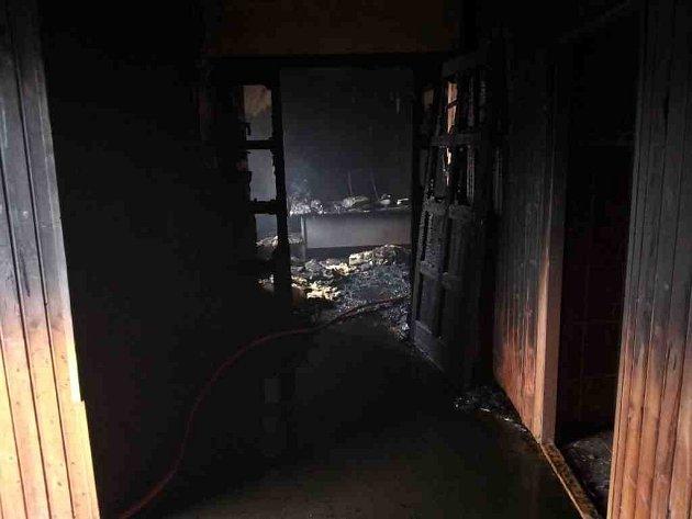 Požár kanceláře vLubenci.