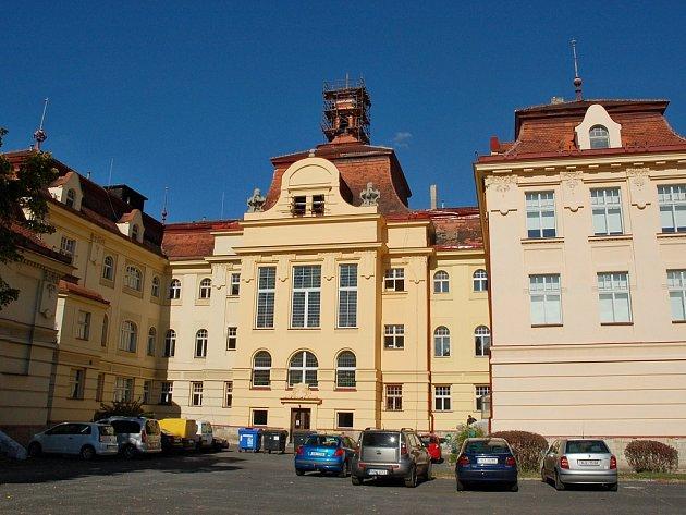 Žatecké gymnázium na archivním snímku