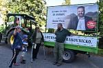 Daniel Pitek zavítal v traktoru do Petrohradu a Blatna na Podbořansku.