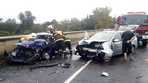 Nehoda v Lounech. Ilustrační foto.
