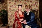 Zámek Steklík. Hlavní roli vpohádce Slíbená princezna si zahráli Jitka Čvančarová a Martin Stránský.