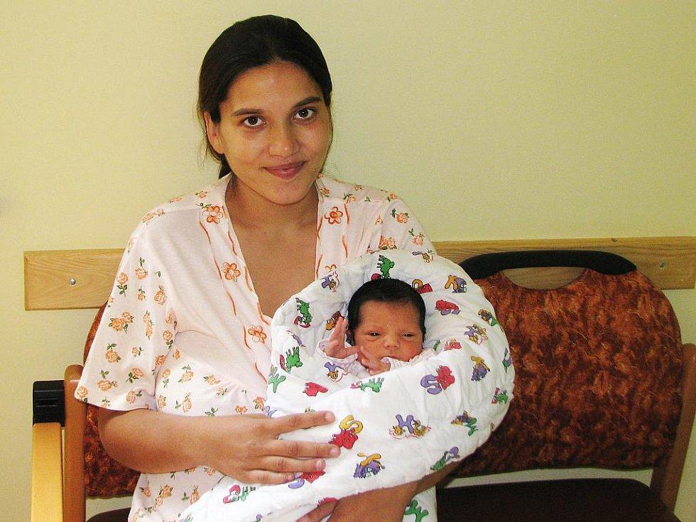 Mamince Marii Mižigárové z Postoloprt se 5. srpna 2011 v 11:05 hodin v žatecké porodnici narodil syn Miroslav Mižigár. Vážil 2,95 kg a měřil 50 cm.