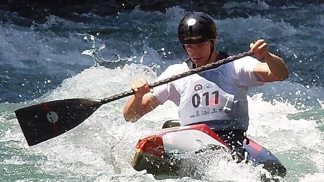 Vladimír Slanina při sjezdu na divoké vodě