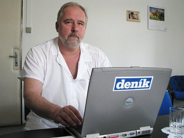 ZdeněkBergl, ředitel žatecké nemocnice, znovu odpovídal v on-line rozhovoru s čtenáři Žateckého a lounského deníku.