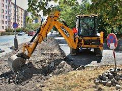 V Lounech začala rekonstrukce chodníků v ulici SNP