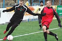 Utkání Kryr (v černém) proti Hornímu Jiřetínu na Apollo Cupu