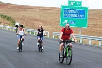 Lidé v Lubenci na Podbořansku si prohlédli nový úsek dálnice D6