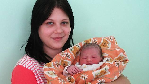 Mamince Kristýně Charvátové ze Žatce se 27. října 2010 v 6:20 hodin v žatecké porodnici narodila dcera Natálie Slívková. Vážila 2,87 kilogramu a měřila 46 centimetrů.