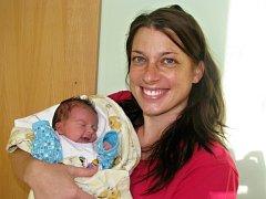 Mamince Jarce Vrbatové ze Žatce se 7. prosince 2014 v 9.14 hodin narodil synek Adam Vrbata.  Vážil 3325 gramů a měřil 50 centimetrů.